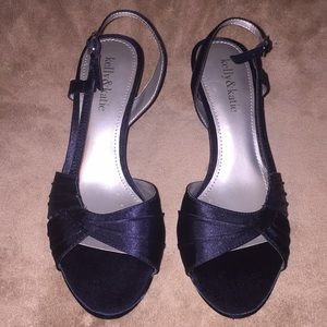 "Kelly & Katie Sz 7M blk sayin 2.6"" slingback heels"